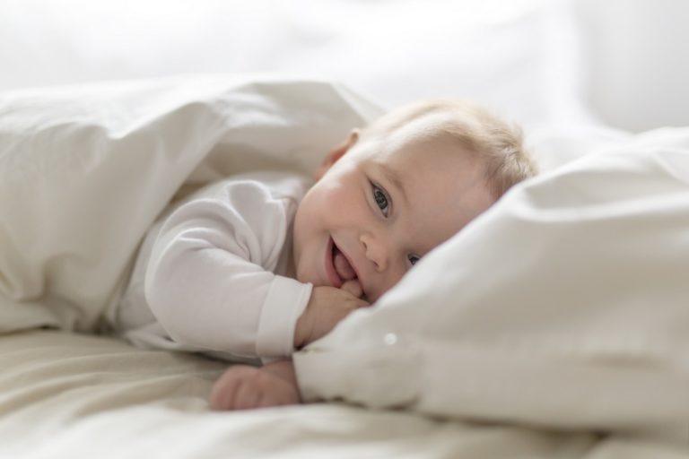 Wieviel Schlaf braucht ein Baby - Schlaftastic